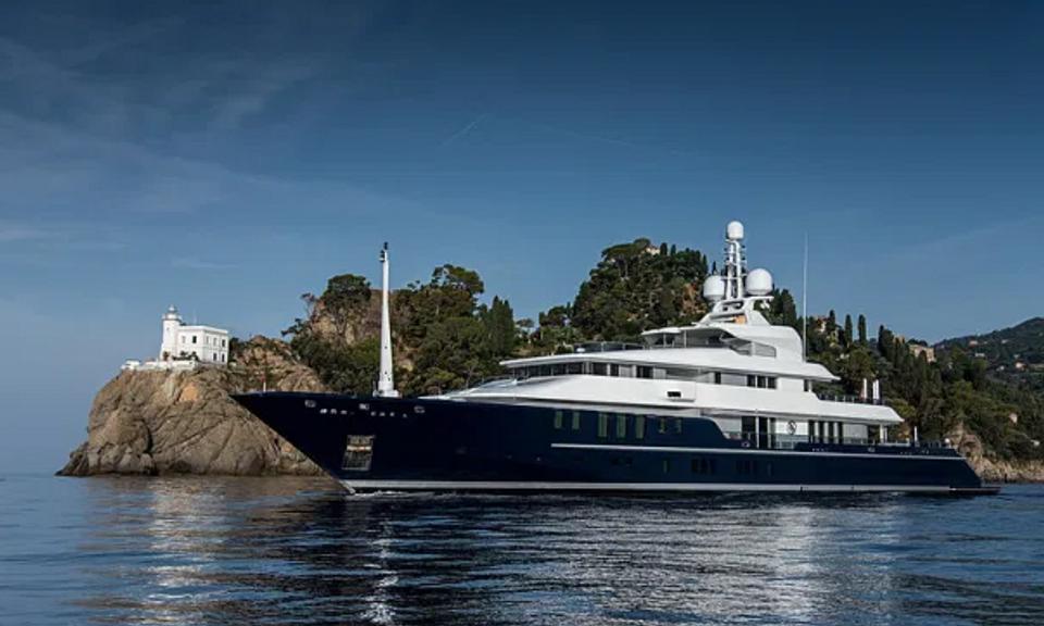 Jachta Toma Cruisa ubytuje 12 ľudí