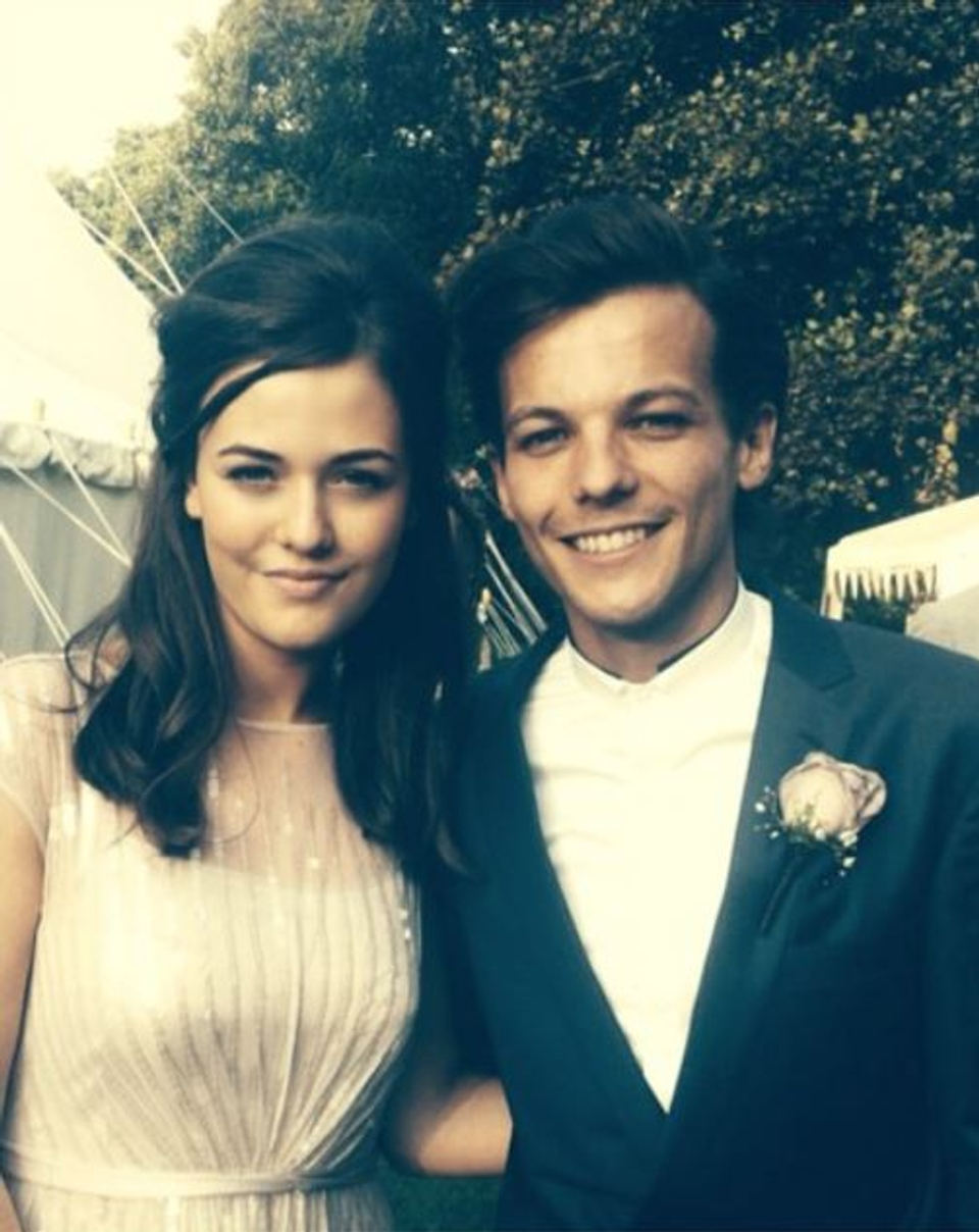 louis one direction sestra
