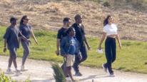 Paparazzi si ich odchytili na prechádzke