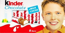 Chlapec z kinder čokolády