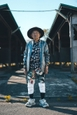 84-year-old-grandpa-is-being-viral-with-his-totally-fashion-photo-shoots-on-instagram-5cda1a1b69ce4__880