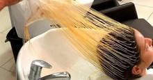 Ako vyzerajú vlasy hneď po tom, ako je z vlasov odstránená čiapka na melírovanie