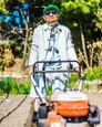 84-year-old-grandpa-is-being-viral-with-his-totally-fashion-photo-shoots-on-instagram-5cda1a0047ab7__880