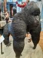 Gorila vyrobená z nechtov